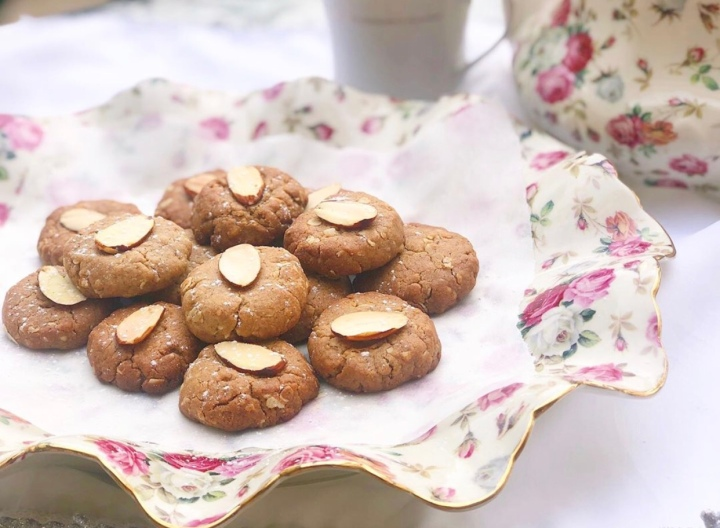 עוגיות טחינה טבעוניות בריאות וממכרות!